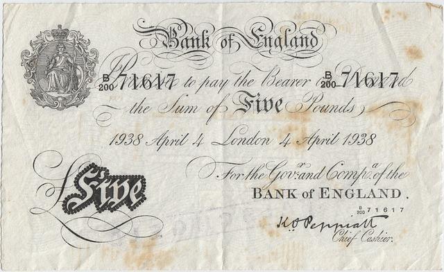 Transfer środków z UK, po ile funt brytyjski? Historia Funta
